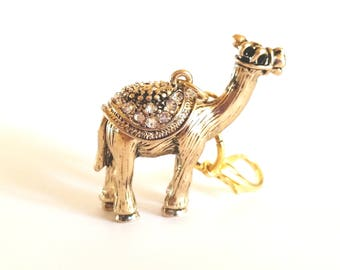 Camel Zipper Pull Charm, Gold Camel, Rhinestone Camel, Purse Pull Charm, Purse Decor, Clothing, Accessory, Bling, Fun, Zipper Pull Charm