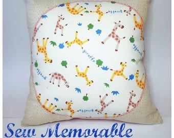 Cushion - Beige Spots w/Giraffe Centre