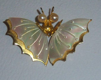 Faux MOP Moth Brooch With Faux Pearl Eyes. White Moth Brooch. Moth Jewelry. Butterfly Brooch. Butterfly Jewelry.