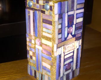 Stained Glass Lamp: mission style, prairie style, stain glass, mosaic, stained glass, light, accent light, Frank Lloyd Wright tribute