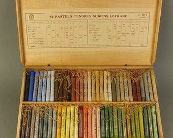 Lefranc pastel chalk in wooden box with 62 pieces No 614