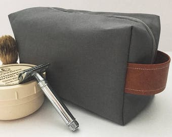Mens Gray Toiletry Bag with Cognac Leather Strap, Dopp Kit, Shaving Bag, Gray Toiletry Bag, Graduation Gift, Gift for Him, Groomsmen Gift