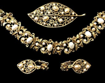 Florenza Jewely Set Bracelet Earrings and Brooch Pearl Signed