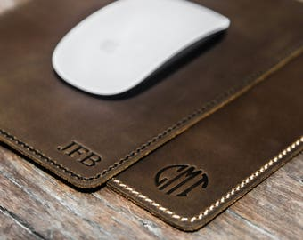 JooJoobs, Leather Mouse Pad, Mouse Pad, Leather mousepad, Monogram Mousepad, Laser engraved, Personalize mousepad