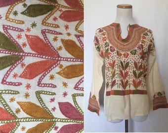 vintage 60's/70's EMBROIDERED PEASANT TOP - small