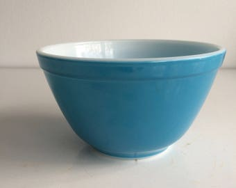 Vintage Pyrex Primary Blue Mixing Bowl #401 1 1/2 Pint