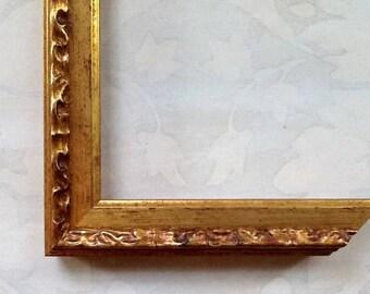 Vintage Gold Picture Frames - Picture Frames -Custom Picture Frames 4x4, 4x6, 5x5, 5x7, 8x8, 8x10, 8.5x11, 10x10, 11x14, 16x20, 18x24, 24x30