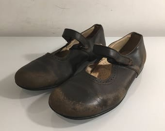 vintage brown leather Mary Jane flat shoes   Size : EU 34 / US Women's 4 / UK Women's 2