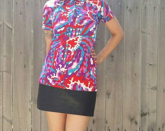 Vintage 1960s Psychedelic Polo Wide Collar Red Pink Blue Top