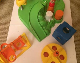 Vintage Fisher Price Playground #2525 Little People 1986
