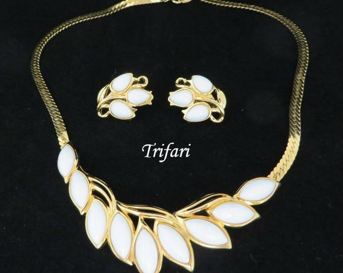 Trifari Jewelry Set, Vintage White Glass Necklace Set, Goldtone Herringbone Necklace Set, Demi Parure, Gift Boxed, Free Shipping