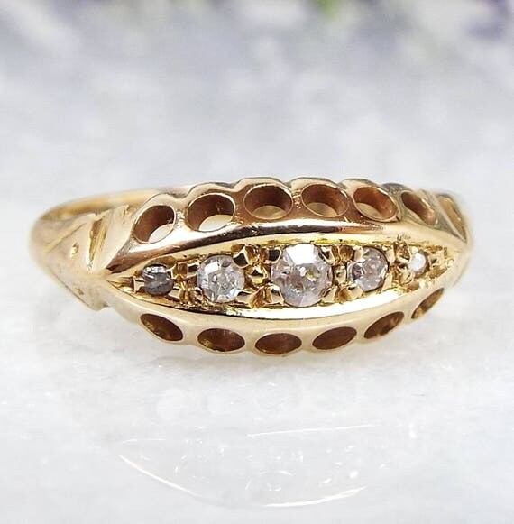 Antique Edwardian 1917 18ct Yellow Gold 5 Diamond Boat Eternity Ring / Size M 1/2