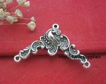 Set of 4 charms antique silver 3 unique connector loops (Cbiec)