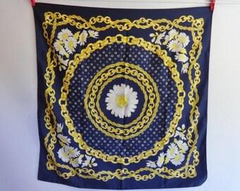 "Vintage Scarf Daisy Baroque Versailles Style 29.1"" x 29.9"""