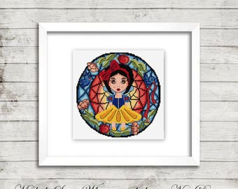 cross stitch pattern, cross stitch, My Little Snow White stained glass - cross stitch pattern - PDF pattern - instant download!