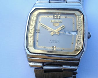 Vintage Men's Seiko 5 Automatic Day & Date  Watch/ 23 Jewels Day Date Excellent Wrist Watch/Fully Working/1980s