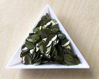 Glitter 9 mm olive leaf in bulk