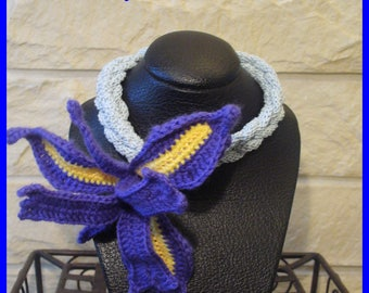 Iris flower crochet necklace or bracelet/crochet collar/original crochet wrist accessory/2 in 1 crochet flower jewelry/3D crochet flower