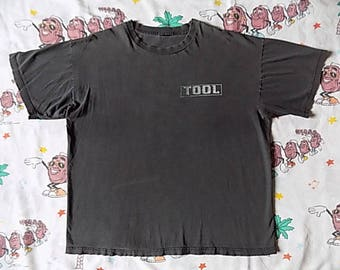Vintage 90's TOOL Aenima T shirt, size L/XL 1997 back graphic Goth Metal licensed to Giant
