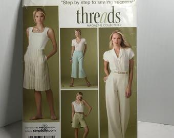 D259 Simplicity 3756, sewing pattern, pants, shorts, women's size 20 W - 28W  uncut