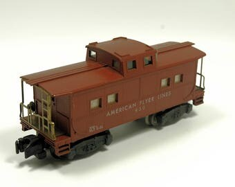 Vintage American Flyer Lines 930 Caboose Rolling Stock S-Scale Brown
