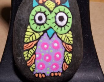 Owl pen and ink acrylic painting on a stone made by Sal Smith