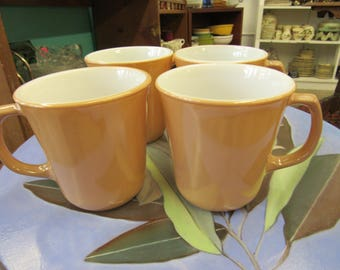 Set of 4 Beige and White Corning Coffee Cups