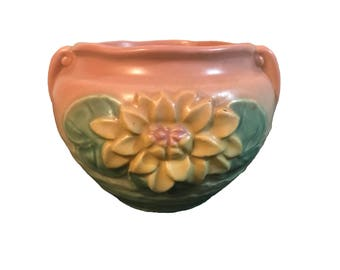 Hull Art Pottery Water Lily Jardiniere