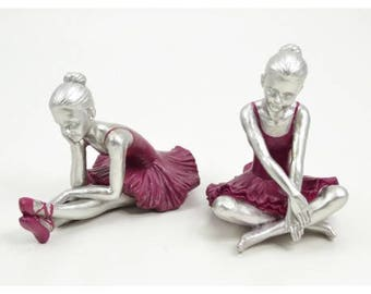 Pair of statues dancers ballerinas(ballet pumps), in resin, length 6,7 inches. For collection or decoration