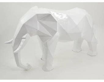 Decoration! White elephant statue, ORIGAMI resin, length 29 inches