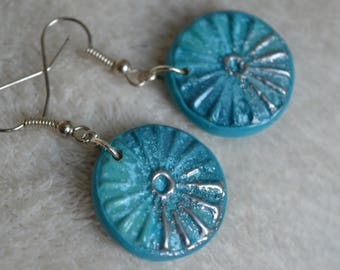 Earrings Fimo / polymer clay - round blue and silver, textured