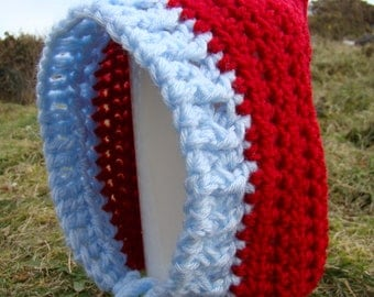 Pixie Hat in red & blue, identical copy of the baby hat in the Irish film float like a butterfly - 3 to 6 months