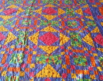 HANDMADE quilted Very Colorful Queen size Quilt