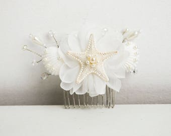 Starfish hair comb Beach wedding Beach hair accessory Seashell Hair accessories Mermaid hair comb Seashell bridal hair comb shell Headpiece
