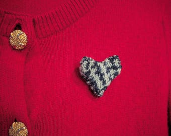 Knitted Marbled Plush Heart Brooch