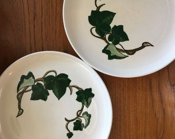 Poppytrail California Ivy plate by Metlox made in California sold individually