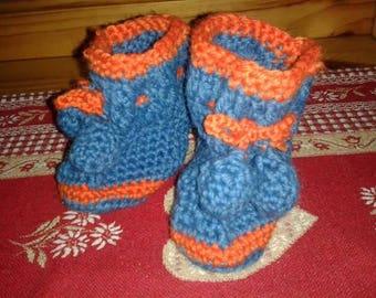 wool crocheted baby booties