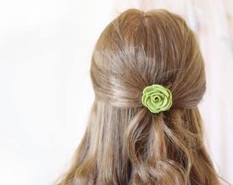 Flower hair grips