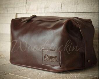 Personalized Groomsmen Gift  Mens Toiletry Bag Father Gift for Mens Gift for Him Leather Dopp Kit Bag Groom Gift Groomsman Gift
