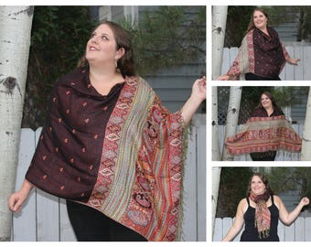 Black and Red Hippie Pashmina Poncho Shawl