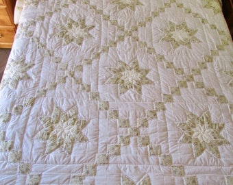 ON SALE: Star Irish Chain Quilt, Amish Quilt, Queen Size Quilt, Hand Made Quilt, Country Quilt, White Quilt, Patchwork Quilt, Star Quilt