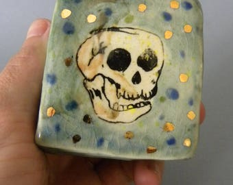 Laughing Skull Small Wall Tile