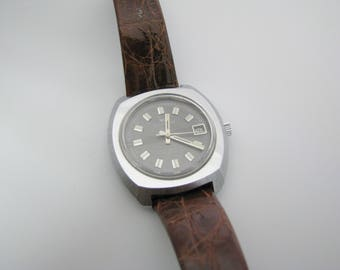 Nice 1970's Waltham Watch with Date