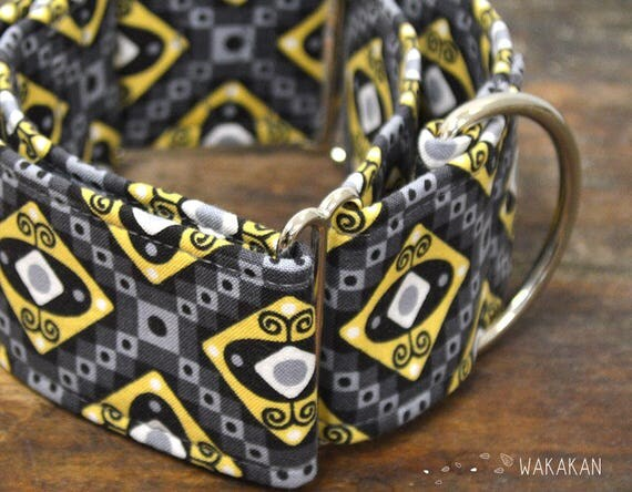 Martingale dog collar model Outter Space. Adjustable and handmade with 100% cotton fabric. UFO, eyes, Wakakan