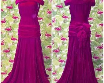 Jaw dropping 1930's / 1940's pink velvet vintage evening dress
