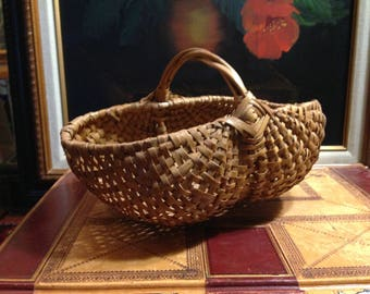 Small Vintage Oval Buttocks Basket with Twig Handle  - Home Decor - Collector Basket- Gift for Her or Him