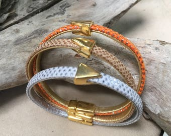 Magnetic leather bracelet