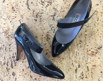 Mary Jane Pumps black patent leather Silvy vintage dead stock 1980 / 37 37 1/2 FR