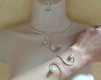 Wedding set Pearl green pastel necklace bracelet earrings arabesque aluminum pastel green pearls