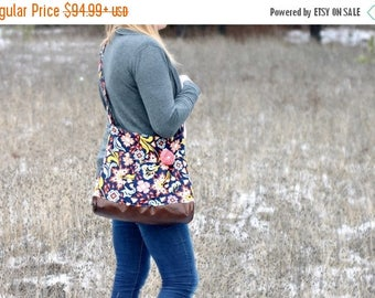 CHRISTMAS SALE NAVY Floral Concealed Carry Messenger Bag, Diaper Bag Style, Conceal Carry Handbag, Concealed Carry Purse, Conceal